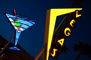 Too drunk to gamble? Man sues Las Vegas casino after losing 0,000 | AirTalk | 89.3 KPCC